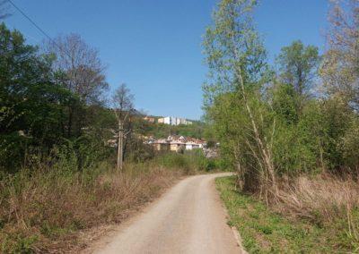 Lesní cesta Barbora - pohled na Adamov před stoupáním