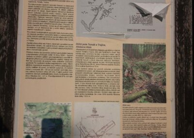 Lesní cesta Klepačovská - infotabule o zaniklé obci Polom