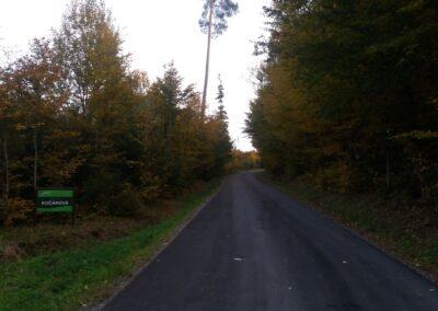 Lesní cesta Kočárová - začátek / konec ve Wiehlově údolí