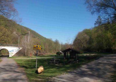 Lesní cesta Svitavská - odpočívadlo u studánky Pod Novým Hradem