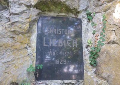 Památník Christopha Liebicha nedaleko Máchova památníku