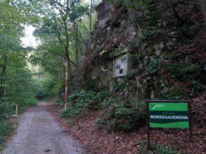 Rosenauerova cesta - začátek / konec cesty na západě