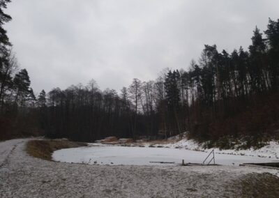 Vodní nádrž Mates v zimě
